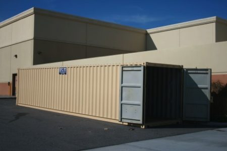 retail use storage container