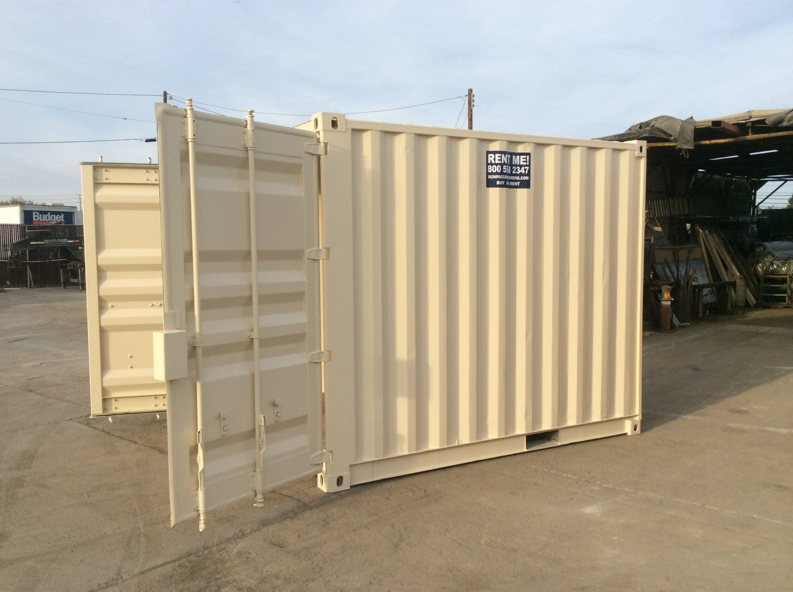 side view of 10 ft shipping container